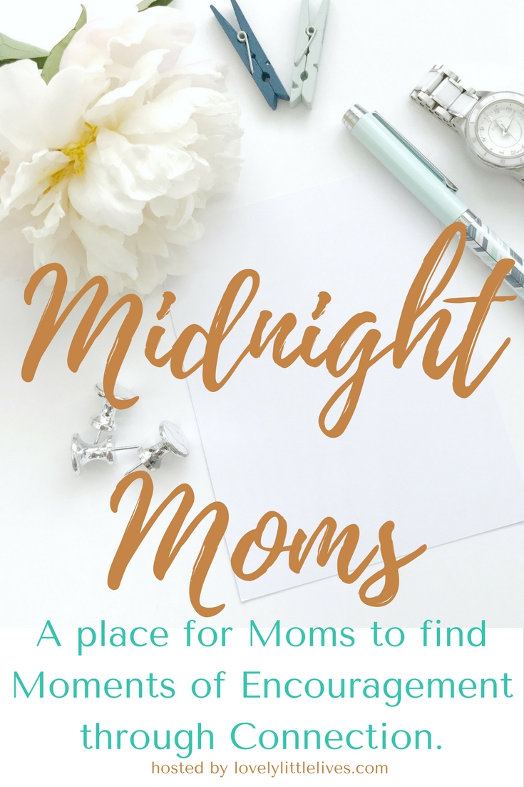 Midnight Moms Community. A Place for Moms to find moments of encouragement through connections